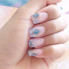 flower-nail-art - 50 Flower Nail Art Designs