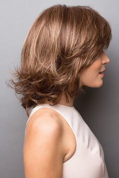 Retro-like layers create femininity and infinite style versatility. Medium Hair Styles, Curly Hair Styles, Rene Of Paris Wigs, Medium Bob Hairstyles, Wavy Hair, Hair Lengths, Hair Trends, Hair Cuts, Hair Beauty