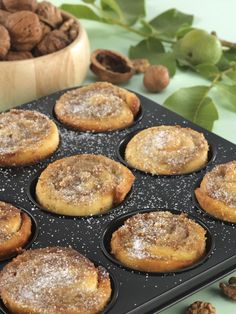 recipe_for Diós csiga muffinformában sütve French Quotes, Spanish Quotes, Mr Wonderful, Winter Food, Pretzel Bites, Muffin, Breakfast Recipes, Food And Drink, Sweets