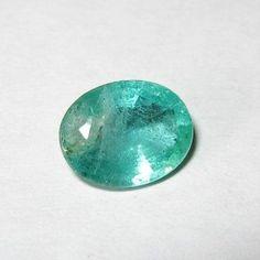 Batu Zamrud Oval 0.90 carat