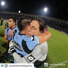 #GRACIASBELGRANO #GRACIASCHINO #graciasolave @clubatleticobelgrano with @repostapp.  Que este abrazo dure toda la vida. #Belgrano #Olave #Zelarayán #CopaSudamericana