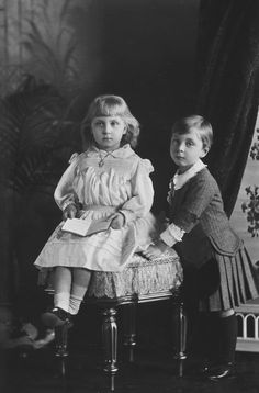 Prince Alexander and Princess Victoria Eugénie of Battenberg, 1891 [in Portraits of Royal Children Vol.39 1890-1891] | Royal Collection Trust