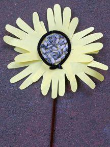 Handprint and Footprint Arts & Crafts: Handprint Sunflower Crafts {Round Up}