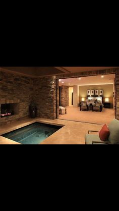Master bedroom with jaccuzi and a fireplace