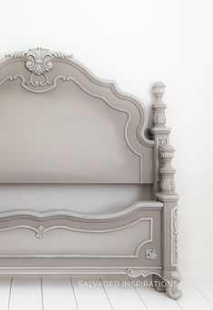 French Linen Painted Headboard and Footboard Refinished Headboard, Headboard Makeover, Bedroom Furniture Makeover, Painted Bedroom Furniture, Refurbished Furniture, Headboard And Footboard, Trunk Furniture, Diy Furniture, Furniture Design