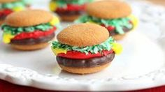 Hold the onions and turn off the grill! These Mini Burger Cookies look like the real deal, but they're actually a sweet, tiny,  fun dessert.