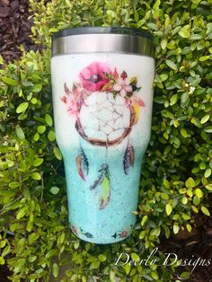 Waterslide Tumbler *I think this is pretty Diy Tumblers, Personalized Tumblers, Custom Tumblers, Glitter Jars, Glitter Tumblers, Tumblr Cup, Mom Tumbler, Yeti Cup, Insulated Cups