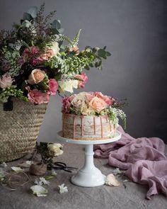Cake Friday & Baking Milk and Honey cake & The Cookbook Chicken And Leek Casserole, Sponge Recipe, Plum Jam, Pink Food Coloring, Honey Cake, Summer Berries, Chocolate Drizzle, Milk And Honey, Round Cakes
