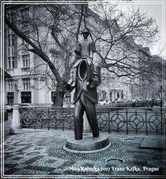 #franzkafka #sculpture #statue #art #history #heritage #garden #prague #praha #praga #prag #czech #czechia #czechrepublic #cesko #ceskarepublika #myphoto #photo #photos #2017 #street