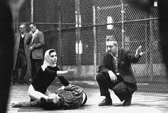 Robert Wise directs Natalie Wood and Richard Beymer in a rehearsal of Tony's death scene (West Side Story) on the MGM lot in September, 1960 Natalie Wood, Old Movies, Great Movies, William Shakespeare, Pyramus And Thisbe, West Side Story 1961, Richard Beymer, Filmmaking Quotes, Robert Wise