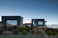 The northwest elevation of the Wanaka House designed by Parker Warburton Team Architects {via architecturenow.co.nz}