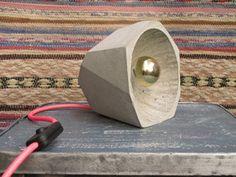 Image of Lampe à poser en béton