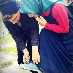lcs to bndh lo gr jaoge offfo acha thk hh hm thamne ke lye to hh hi Cute Muslim Couples, Muslim Girls, Couples In Love, Romantic Couples, Arab Girls, Cute Couple Images, Couples Images, Couple Pictures, Photo Couple