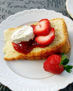 Pound Cake with Devonshire Cream and Jam | InSearchOfYummyness.com #dessert