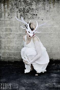 White_Deer_by_visioluxus