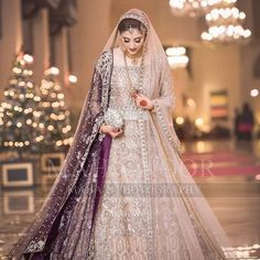 Looking for Bridal Lehenga for your wedding ? Dulhaniyaa curated the list of Best Bridal Wear Store with variety of Bridal Lehenga with their prices Pakistani Fancy Dresses, Asian Bridal Dresses, Pakistani Fashion Party Wear, Bridal Mehndi Dresses, Walima Dress, Asian Wedding Dress, Pakistani Wedding Outfits, Bridal Dress Design, Wedding Dresses For Girls