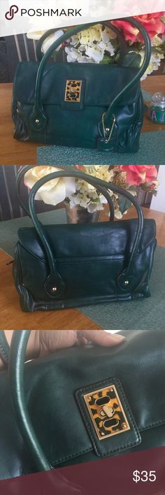 Forest Green Handbag Forest Green Faux leather Handbag. Like new condition. I only wore it probably twice. Bags Shoulder Bags