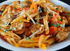 Penne w/ sausage, peppers and homemade marinara Penne Pasta Recipes, Pasta Dishes, Italian Dishes, Italian Recipes, Sausage And Peppers, Stuffed Peppers, Red Peppers, Quick Recipes, Healthy Recipes