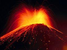 Volcán de Pacaya en erupción