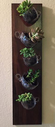 Trendy Succulent Garden Containers Tea Cups 33 Ideas - New Ideas Succulent Bowls, Succulent Centerpieces, Succulent Wall Art, Succulent Terrarium, Dream Garden, Garden Art, Garden Ideas, Teacup Crafts, Indoor Plants