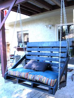 You can hang a pallet porch swing from the ceiling and enjoy a quite morning coffee. Dangle a pallet swing bench from a sturdy tree in the yard so the kids can