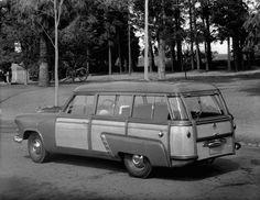 1953 Ford Customline Woody Wagon Press Photo