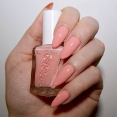 Essie Gel Couture Ballet Nudes Hold The Position. Care Skin Condition and Treatment Oil Makeup Cute Nail Art, Cute Nails, Pretty Nails, Nail Designs Spring, Cool Nail Designs, Art Designs, Nail Manicure, Gel Nails, Manicures