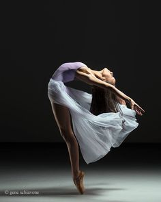 "Maria Jesús Galdos on Twitter: ""Kaeli Ware - #art #ballet https://t.co/136370Ap4N"""