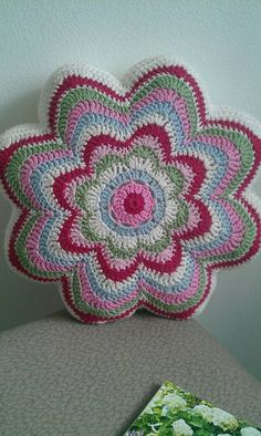 Zierkisse handmade by Jane Ha