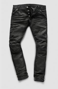 G-Star announces the limited edition G-Star Elwood by American producer Skrillex. Skrillex's creative mind goes beyond music; he also creates prints and drawings and his vision is manifested in his album art, packaging, videos, flyers, and general. Biker Wear, G Star Raw Jeans, Rocker Look, Fitness Inspiration Body, Men's Fashion, Mode Jeans, Hippie Costume, Raw Denim, Denim Jeans