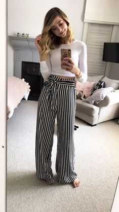 I think zoella is the most amazing role model 6th Form Outfits, Uni Outfits, Everyday Outfits, Latest Outfits, Spring Outfits, Casual Outfits, Fashion Pants, Love Fashion, Fashion Outfits