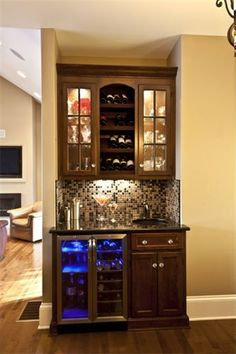 47 Amazing Light Mini Bar Design Ideas That you Can Try Wet Bar Designs, Basement Bar Designs, Home Bar Designs, Home Design, Basement Ideas, Basement Bars, Bar Sala, Home Coffee Stations, Wet Bars