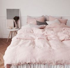 pink, bed, and bedroom Bild