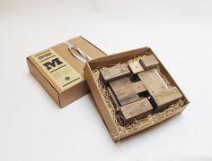 Letras de madera H estilo industrial por PETULAPLAS