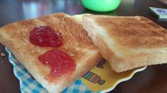 럭셔리한 브런치.토스트로...  주말아침이라도 가족과 함께하자.  #차파게티 #브런치 #주말 #가족 #토스트