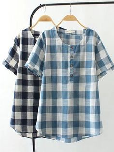 Casual Plaid Short Sleeve Shirts for Women can cover your body well, make you more sexy, Newchic offer cheap plus size fashion tops for women. Simple Kurti Designs, Blouse Designs, Mexican Blouse, Blouses For Women, T Shirts For Women, Plus Size Casual, Plus Size Blouses, Casual Shirts, Latest Fashion