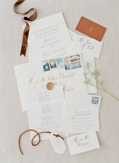 Love the way these invite pieces overlap