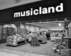 Musicland at the Lansing Mall, Nov. Chicago Shopping, Shopping Malls, Detroit History, Mall Stores, Back In My Day, The Time Machine, St Louis Mo, Good Ole, My Childhood Memories