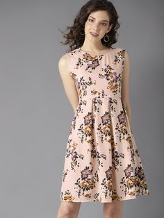 bring here it for you most beautiful floral Dresses Check it out ! for your outstanding look AsymmetricDresses Western Dresses Online, Western Dresses For Women, One Piece Dress, Ladies Party, Dress Collection, Party Wear, Short Dresses, Womens Fashion, How To Wear