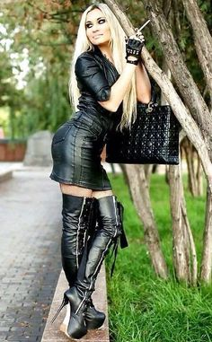 "girls-in-leather: ""Girl in Leather "" Sexy Outfits, Fashion Outfits, Womens Fashion, Rocker Girl, Leder Outfits, Thigh High Boots Heels, Girl Smoking, Leather Dresses, Sexy Boots"