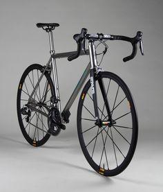 Why Choose a Folding Mountain Bike Road Cycling, Cycling Bikes, Titanium Road Bike, Bicycle Paint Job, Road Bike Women, Bicycle Maintenance, Cool Bicycles, Bike Frame