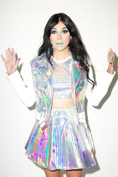 loren's fashion inspo — holographic-space-vacuum: Bitch, its holo 💁🏻‍♀️💅🏻💿 Holographic Fashion, Space Grunge, Rave Festival, Kawaii Fashion, Look Cool, Festival Outfits, Hipster, Street Style, Style Inspiration