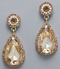 Elizabeth Earrings in Champagne