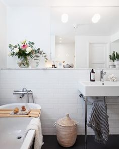Peek Inside a Cozy Family Home in Stockholm With a Seamless Mix of High and Low Decor - NordicDesign Zen Bathroom, Family Bathroom, Bathroom Colors, Bathroom Sets, White Bathroom, Modern Bathroom, Small Bathroom, Bathroom Vanities, Bathroom Furniture