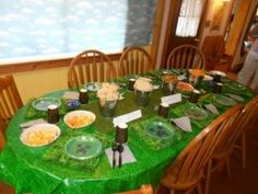 Amazing Minecraft Party Table