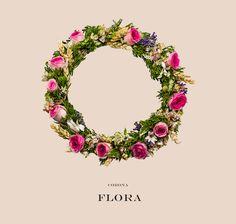 Impresionante #corona de #flores naturales, ideal para comunión, #2016 #rosas mini edén, #lavanda, espigas de trigo, #astrantia y tupidos verdes frescos como recogidos de un bosque de cuento.