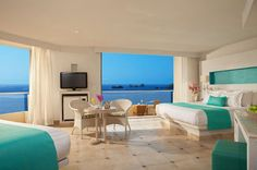 Your suite at Sunscape Dorado Pacifico Ixtapa provides endless views of the stunning ocean!