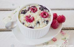 Baked Millet with raspberries and blueberries -Śniadanie na słodko – zapiekana… Baked Millet with raspberries and blueberries -Sweet breakfast – Breakfast Bake, Sweet Breakfast, Clean Eating, Healthy Eating, Magic Recipe, Blueberry, Raspberry, Oatmeal, Menu