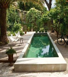 These pools that make you want to jump into the water - - Courtyard Pool, Garden Tub, Plunge Pool, Backyard, Patio, The Great Outdoors, Swimming Pools, New Homes, Exterior