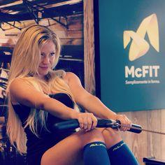 Photo shoot at McFit Treviso  with Valerio. #mcfit #fitness #fit #fitnessmodel #model